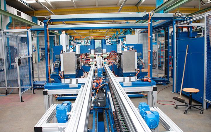 linii-i-oborudovanie-dlya-mehanizacii-i-avtomatizacii-proizvodstvennogo-processa1